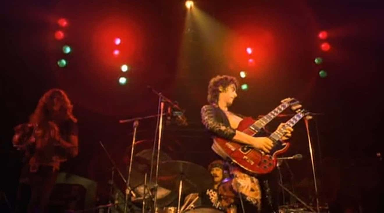 The song remains the same full concert madison square 1973 led zeppelin for Led zeppelin madison square garden