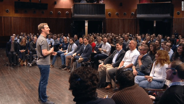 150304124557-mark-zuckerberg-mobile-world-congress-crowd-2015-780x439