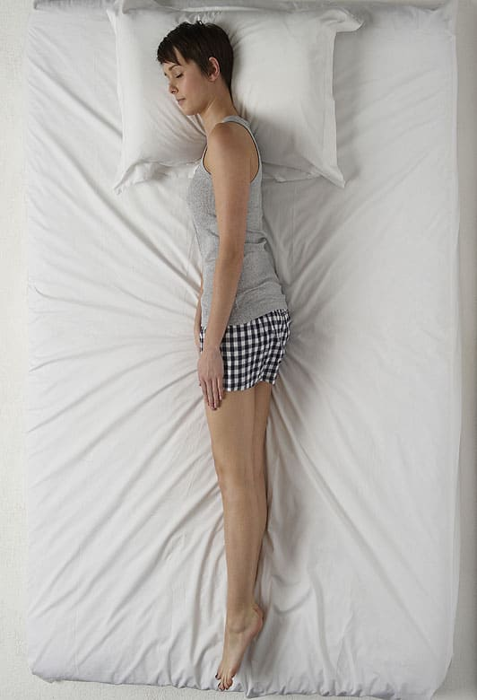 The Sleeping Positions Of Women Reveal A Lot About Them -6158