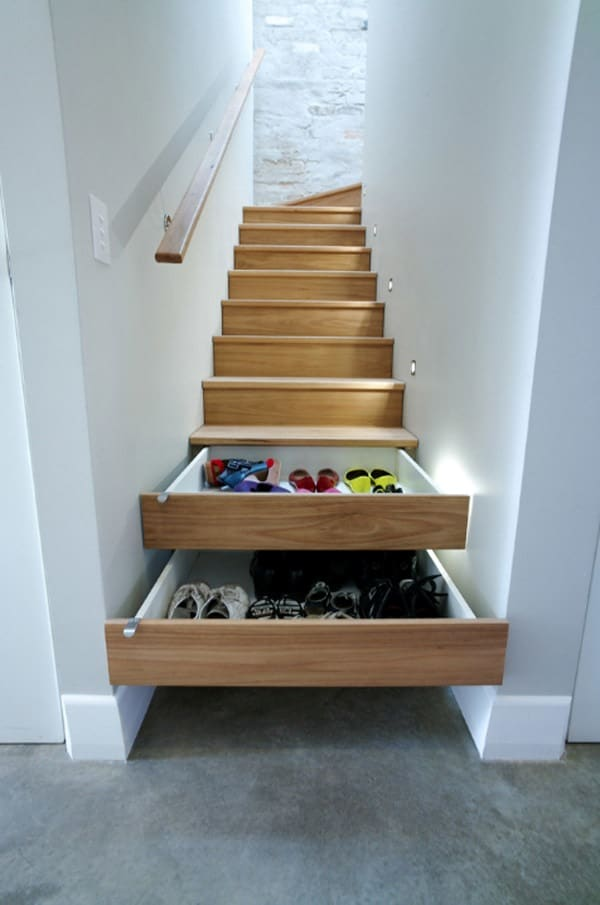 Smart-under-stairs-storage-space-ideas-for-small-home
