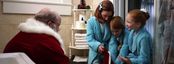 Even Santa Poops | This Just Might Be The Best Christmas Ad Yet!