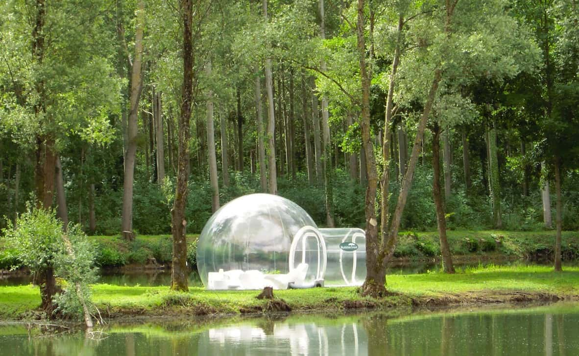 Inflatable Bubble Tents Take Camping To A Whole New Level U2022 AwesomeJelly.com