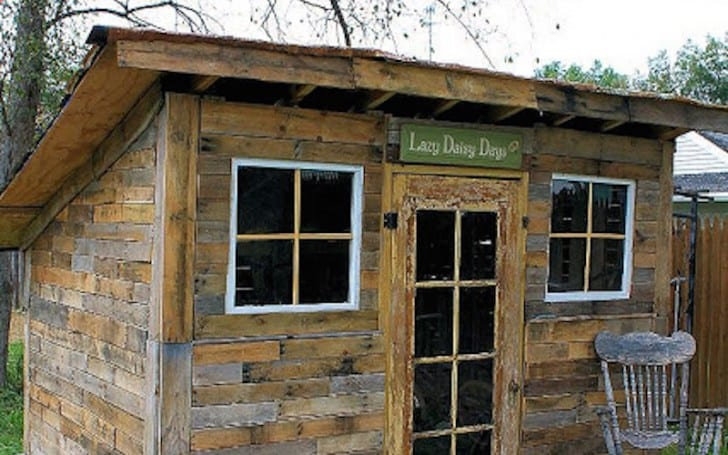 20 diy pallet shelter designs that will have you living for Hunting shack designs