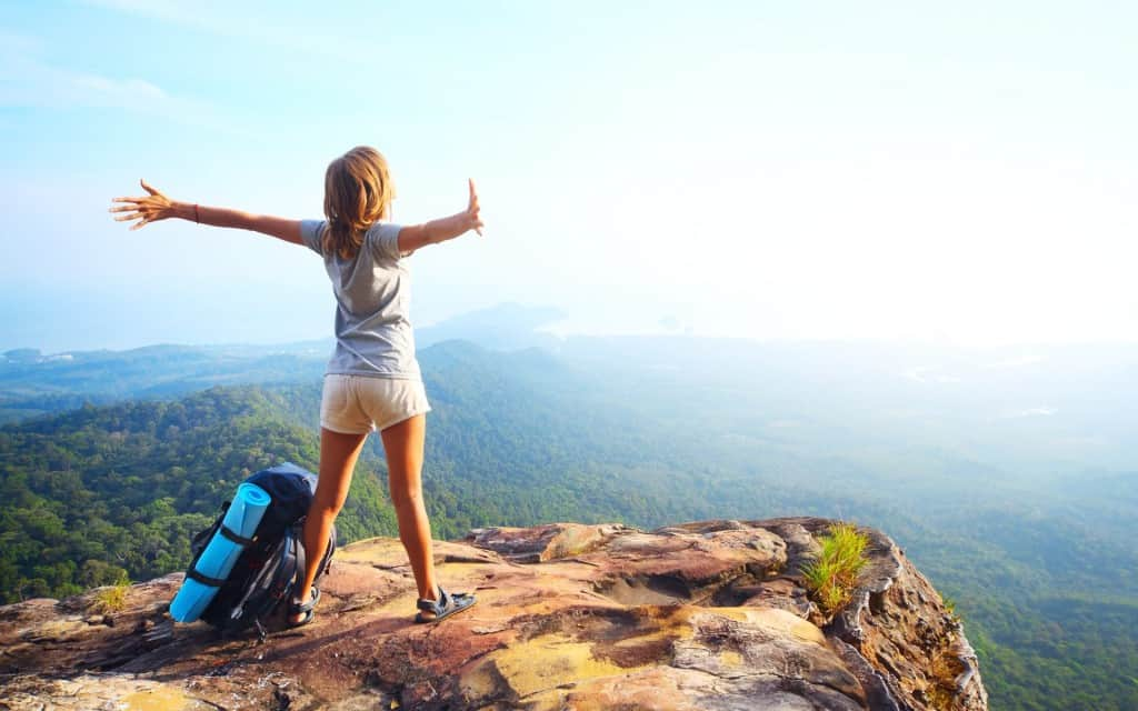 Girl-in-Mountain-Life-Is-Awesome-Wallpaper