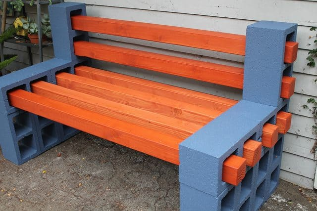 How To Make A Simple, Inexpensive Outdoor Bench! • AwesomeJelly.com