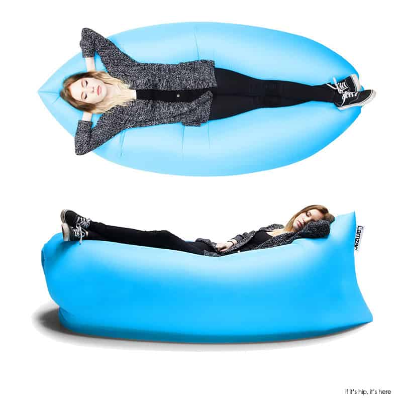 this 39 self inflating 39 portable hammock allows you to relax anywhere at anytime. Black Bedroom Furniture Sets. Home Design Ideas
