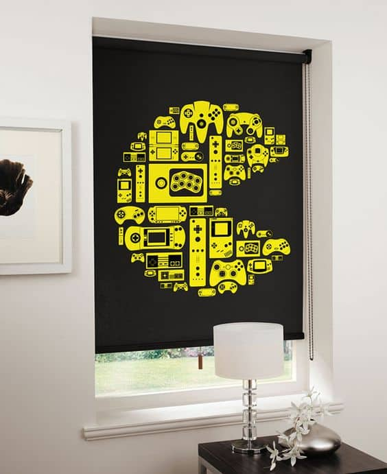 21 super awesome video game room ideas you must see for Man u bedroom accessories