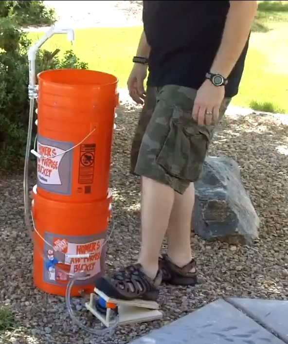 5-gallon-bucket-sink-pedal-pump