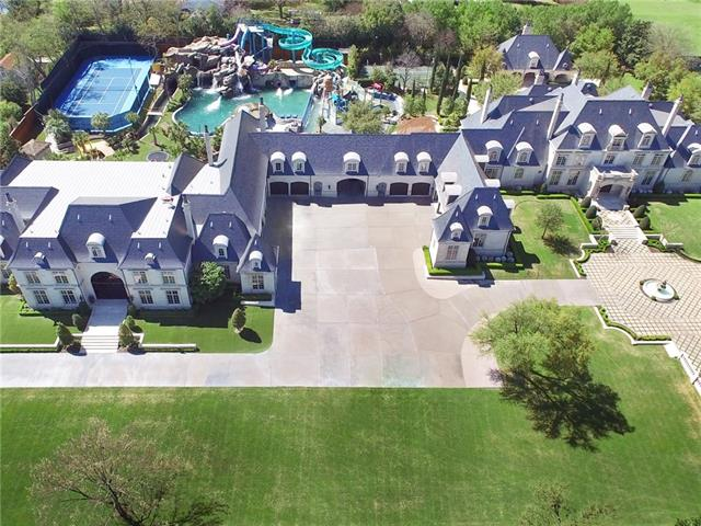 This 32 Million Dollar House In Texas Has The Coolest