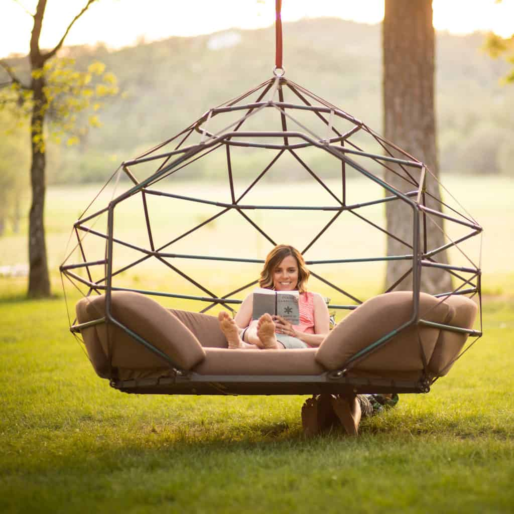 This Swinging Pod Is Going To Totally Change How You Do