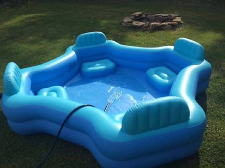 This 30 four seat family lounge pool from walmart will for Best children s paddling pool