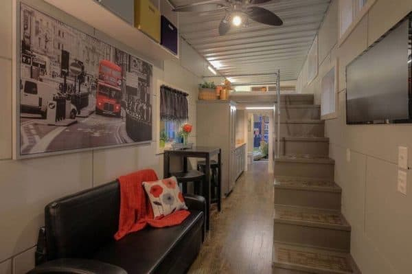40-Modern-Shipping-Container-Tiny-Home-006-600x399 (1)
