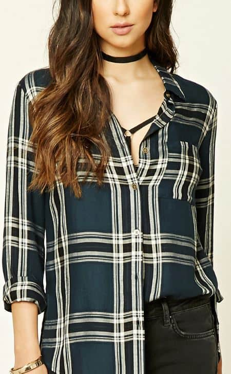 blue-flannel-shirt-fall-must-have