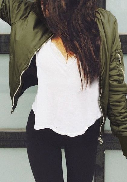 bomber-jacket-fall-fashion-must-haves