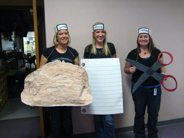 cheap-easy-diy-group-costumes-for-halloween-23
