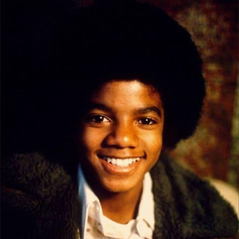 michael-jackson-young-smili