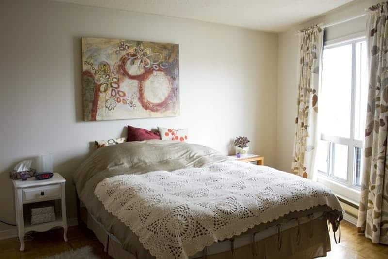 do it yourself bedroom makeover and Betsy are