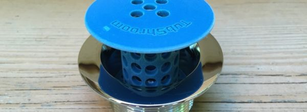 You Can Have Clog Free Sink And Tub Drains With This Super Cool 'TubShroom' Drain Plug