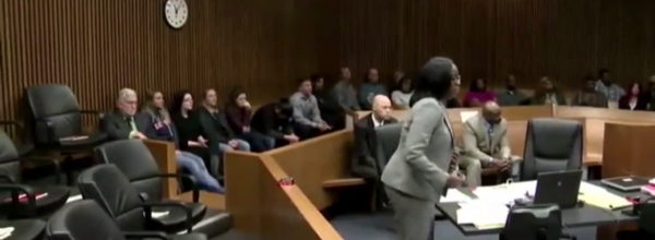 Woman Gets Instant Karma For Laughing At A Grieving Victim In Court