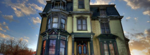 This Stunningly Creepy 1875 Victorian Mansion Is One Of The Most Haunted In New England