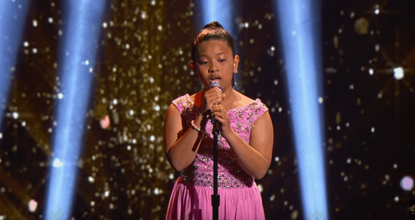 12 year old blows everyone away with incredible chandelier cover elha recently appeared on steve harveys little big shots tv show where she belted out a cover of sias hit song chandelierd she totally nailed it mozeypictures Images