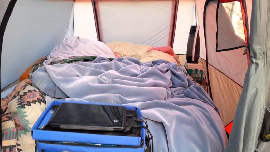 3 bedroom instant tent 9