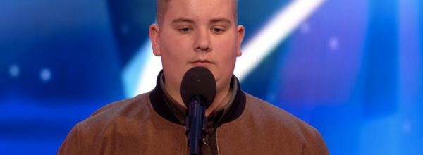 Singer Receives Golden Buzzer For His Version Of 'Hallelujah', After Being Rejected