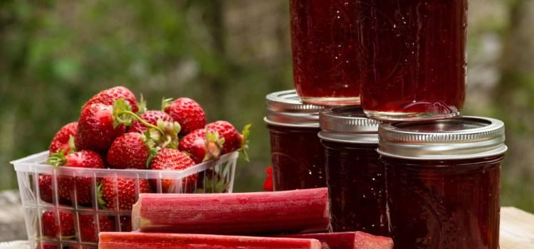How To Make Easy Strawberry Rhubarb Jam