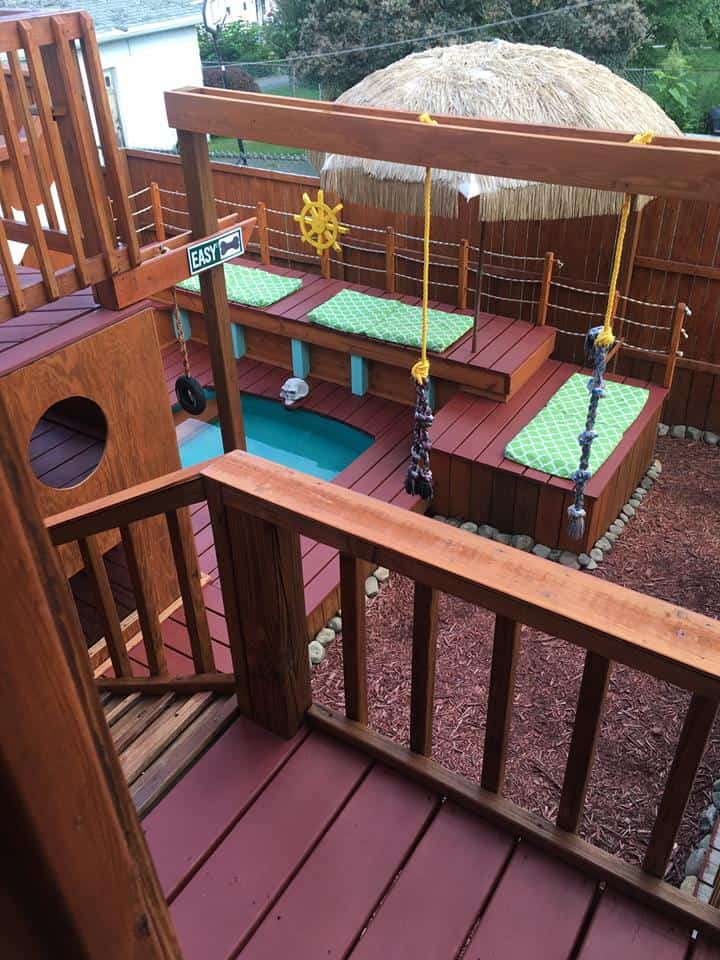 Guy Takes Two Years To Build Incredible 3-Story Backyard ...