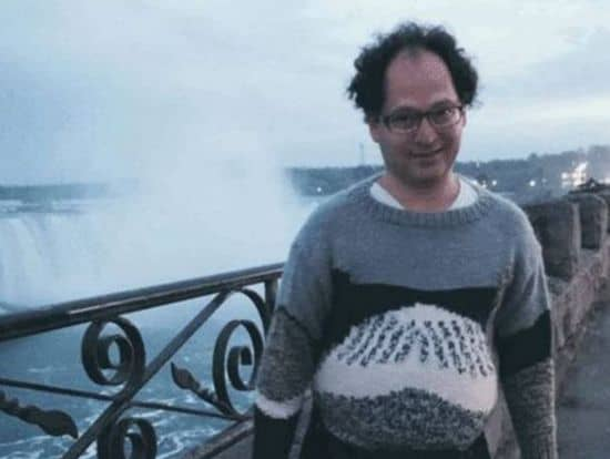 Man Knits A Sweater For Every Landmark He Visits