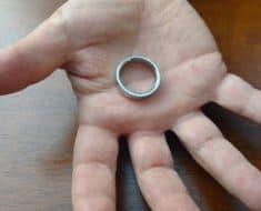 vanishing ring magic trick
