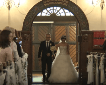 bride groom wedding singing