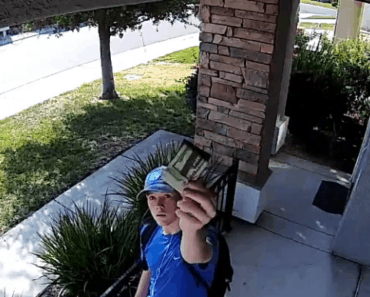stranger returns wallet security camera