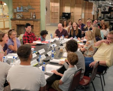 Roseanne first look table read