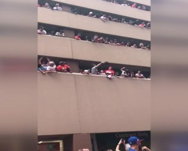 Astros fan loses hat world series parade