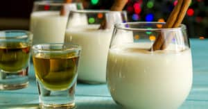 eggnog mixed drink