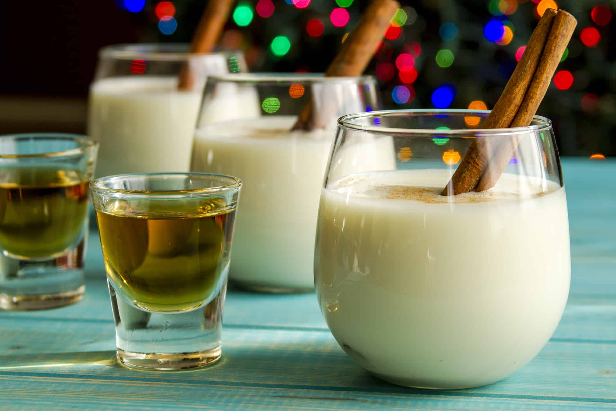 How To Make The Ultimate Eggnog Mixed Drink ...