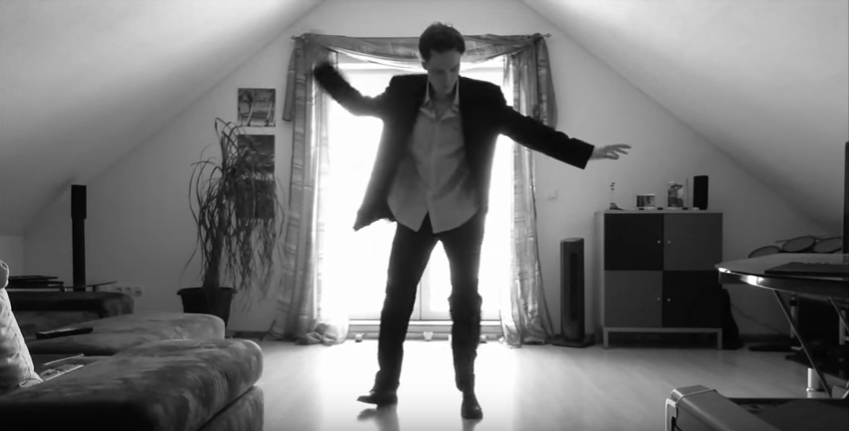 man records himself dancing in his room and millions watch