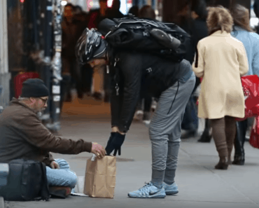 amazon prime delivery homeless