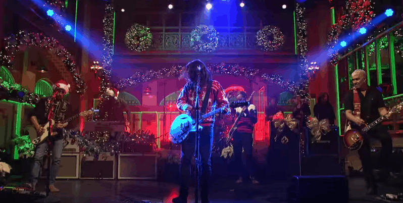 foo fighter SNL Christmas