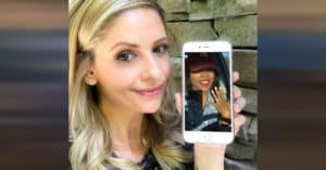 Sarah Michelle Gellar Engagement Text Facebook