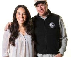 Fixer Upper Stars Chip Joanna Gaines pregnant